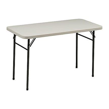 4 Ft Banquet Tables