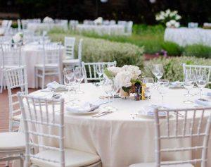 rent white chiavari chairs